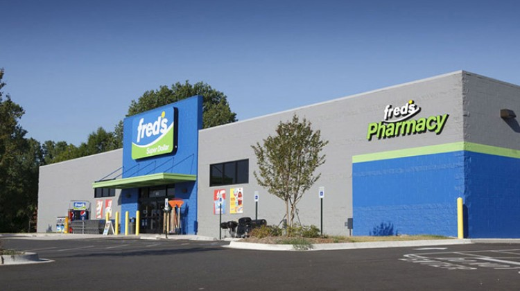 Fred's front-store sales slide in Q4