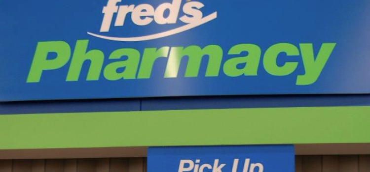 Fred's ends fiscal year with net loss, lower sales