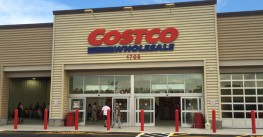Costco posts sales, earnings gain in Q4