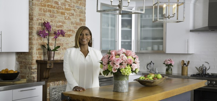Queen Latifah launches floral line at Ahold USA stores