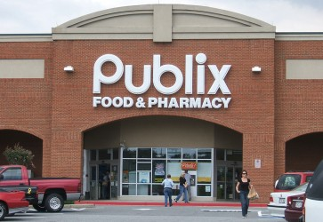 FMI presents food safety award to Publix