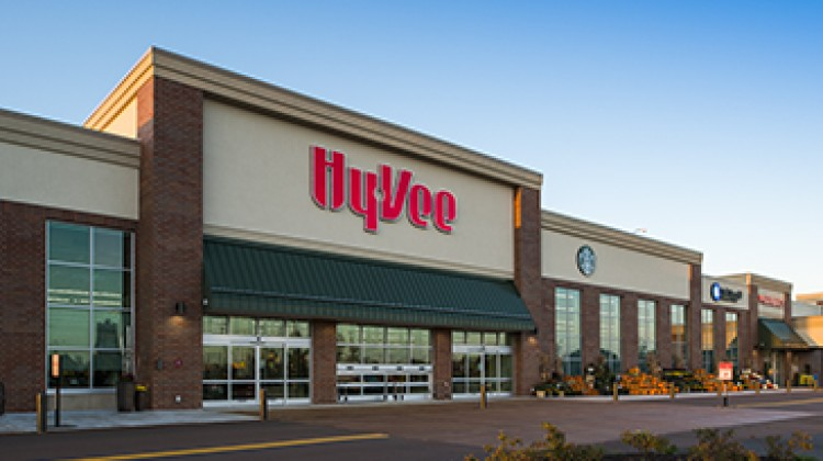 Hy-Vee donates nearly $800,000 in food, supplies
