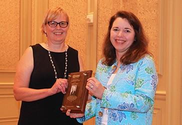FMI honors USDA official Andrea Gold