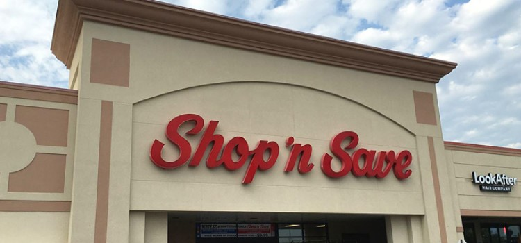 Supervalu to sell Shop 'n Save stores to Schnucks