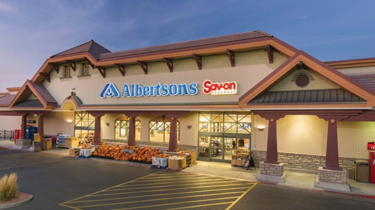 Albertsons posts strong sales gains in Q1