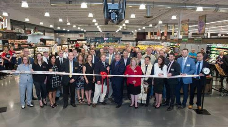 ShopRite of New Milford celebrates grand opening