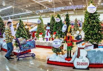 Holiday forecast: A strong start, lulls and a late surge