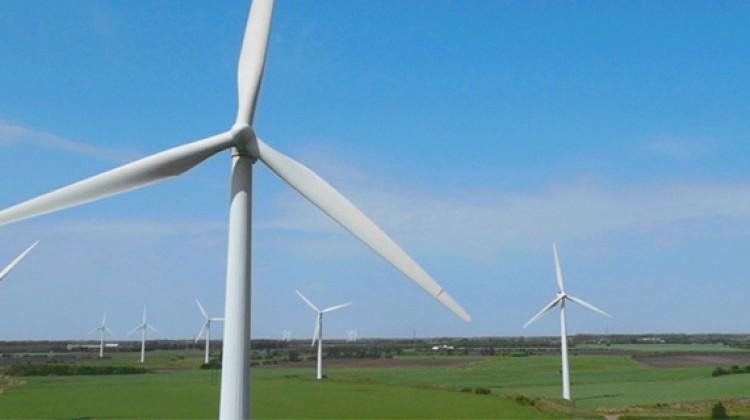 Walmart steps up use of renewable energy